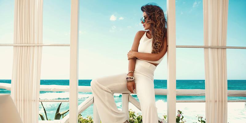Le tendenze donna estate 2020 tra influenze floreali e forte richiamo vintage